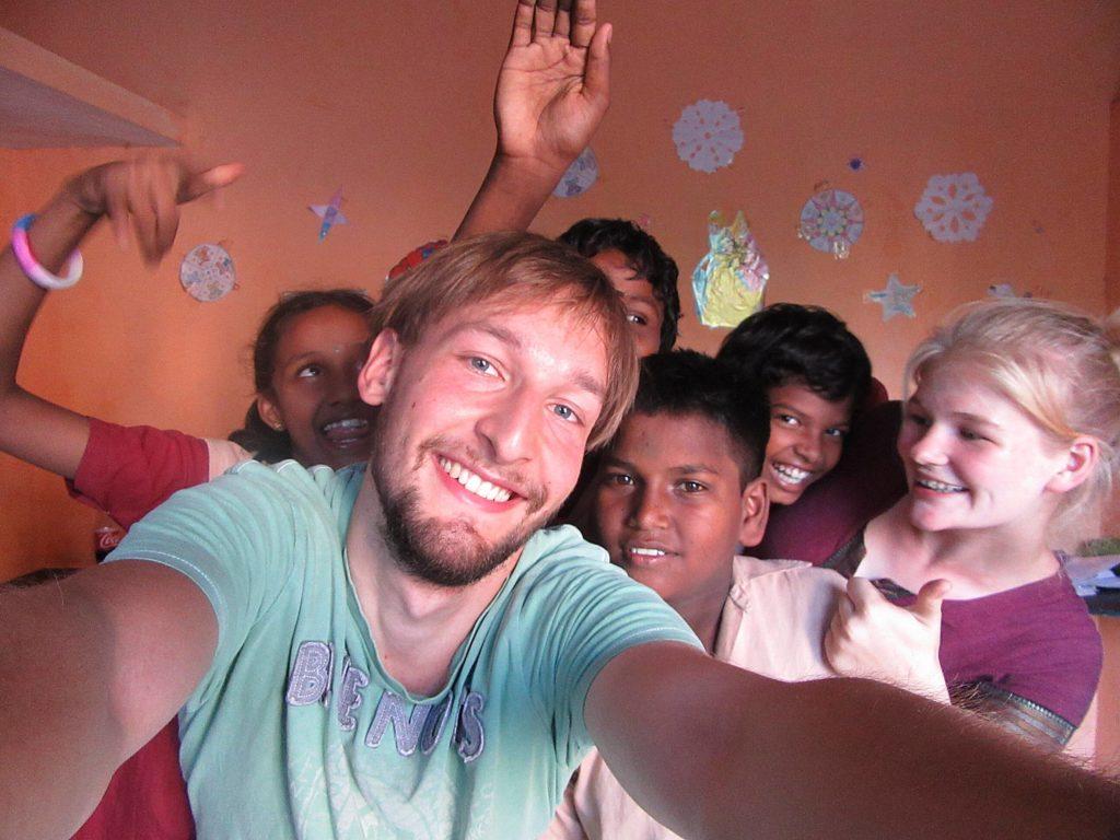 ... mit den Kindern im Unterricht ...